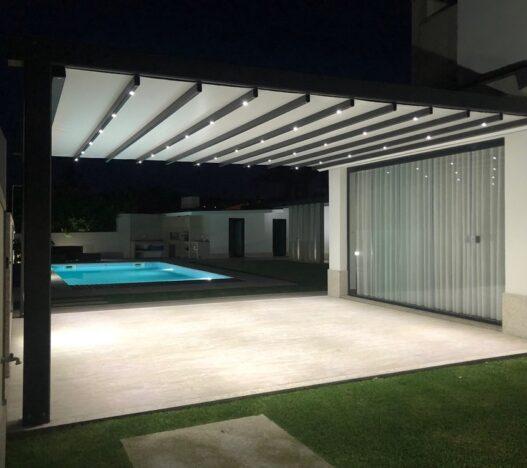 pergola-dakhla-piscina-noche-terraza-sahara